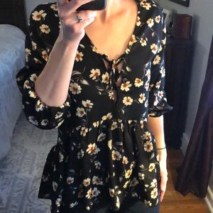 Black Floral Low Cut Lace-Up Peplum Top